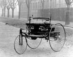 パテント・モトール・ヴァーゲン 3輪車(カール ベンツ製作)