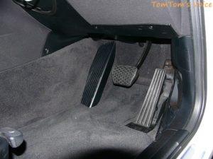 BMW-X3_オルガン式ペダル