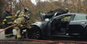 tesla-model-s-fire-in-tennessee-owner-tells-the-story-70804_1